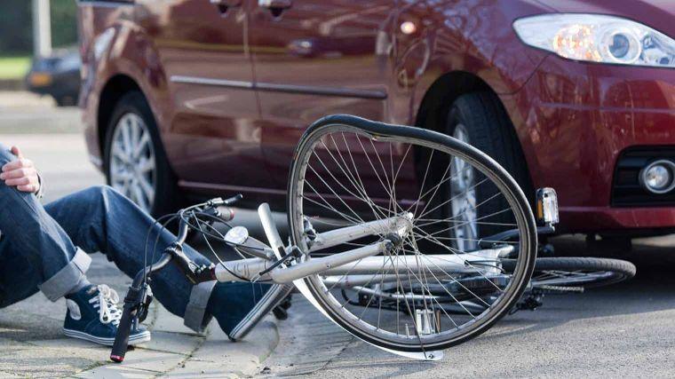 Aanrijding auto en fietser